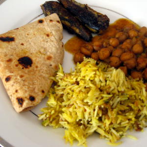 Chapati, Methi Pulao, Channa & Fish Fry