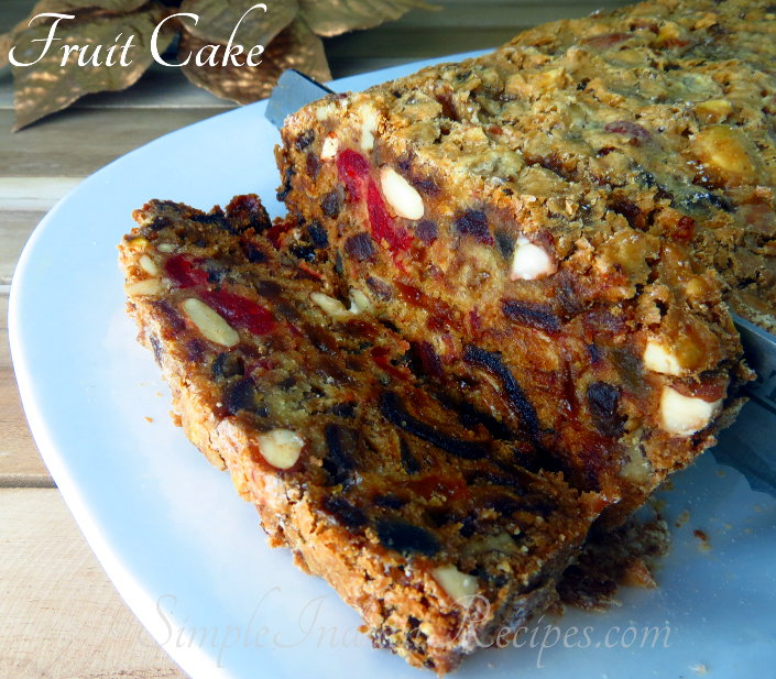 American Christmas Fruit Cake