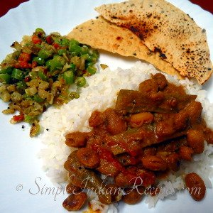 Rice with Mixed Vegetable Porital, Mocha Kottai Curry and Papad