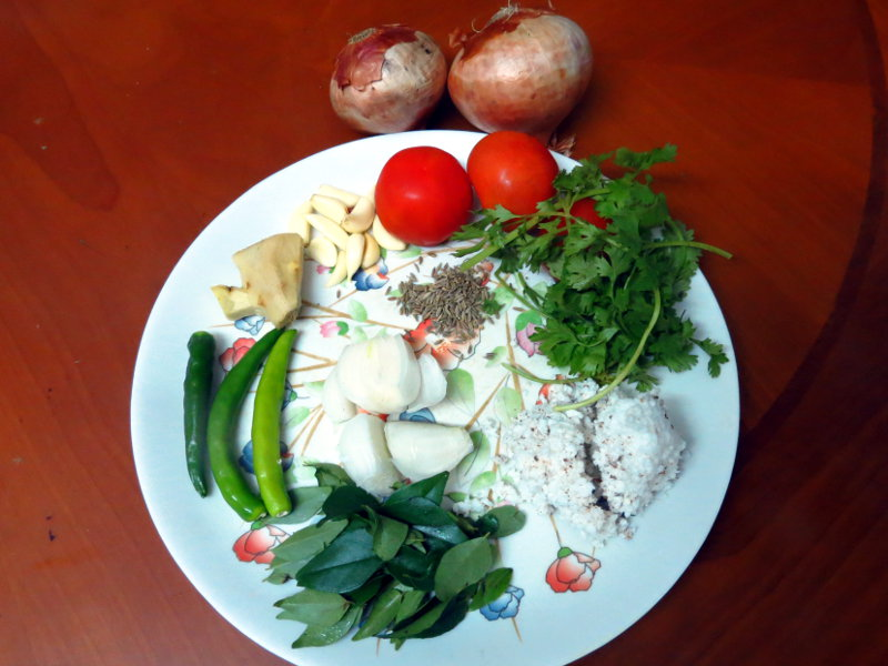 Chettinad Chicken Kulambu Ingredients