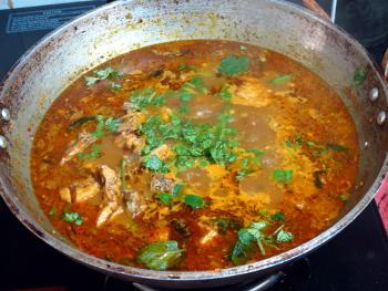 Chettinad Chicken Kulambu Steps